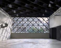 a practice., Maxime Delvaux · A School
