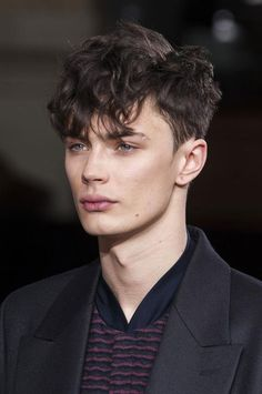 Medium Length Hairstyles for Men – Finished Crop + Heavy Fringe Easy Hairstyles For Medium Hair, Easy Hairstyles For Long Hair, Fringe Hairstyles, Boy Hairstyles, Hairstyle Man, Glasses Hairstyles, Beautiful Hairstyles, Bridal Hairstyles, Short Hair Styles Easy