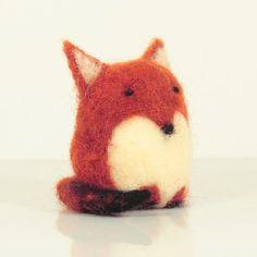 Benny the fox. Needle felted fox. Miniature Animal. Wool toy. #feltanimalsdiy