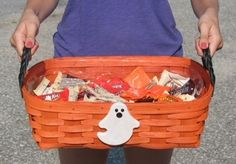 NEW this year our Front Door Candy Basket. Just in time for Halloween! You'll love this roomy basket to put all of those trick or treat goodies in. This basket comes with a plastic protector, two black braided leather handles and an adorable ghost on the front.  Shown in our Orange finish, but is also available in Honey, Cherry or Natural. Made in USA. #madeinusa #baskets #peterborobaskets #homedecor