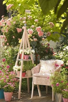 Garden Idea - create a cozy setting in your garden for reading or day dreaming! repinned by www.blucats.com