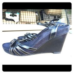 Aerosoles black wedges Super comfortable feels like you are walking on pillows .. Get height without discomfort! Great for work and going out after work! AEROSOLES Shoes Wedges