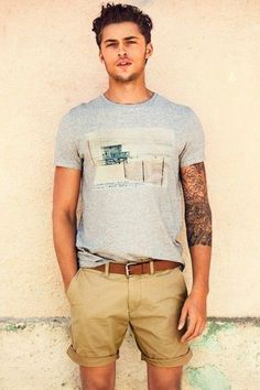 Men's' Grey Print Crew-neck T-shirt, Brown Leather Belt, and Tan Shorts