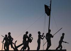 Vapor cué, monumento simbolizando los siete buques hundidos en el Yhagüy