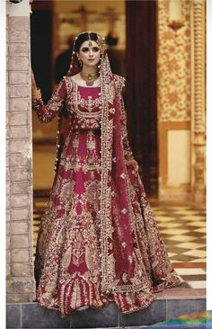 Pakistani Fashion Party Wear, Pakistani Wedding Outfits, Pakistani Dresses Casual, Indian Bridal Outfits, Pakistani Wedding Dresses, Pakistani Dress Design, Indian Dresses, Nikkah Dress, Shadi Dresses