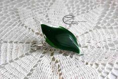 Sötétzöld üveg bross Badges, Gemstone Rings, Buttons, Gemstones, Jewelry, Jewlery, Bijoux, Badge, Schmuck