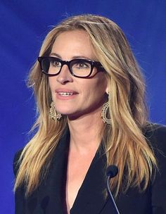 Julia Roberts ◈ Gafas ● Lunettes ● Eyeglasses ◈ by Arros Caldos