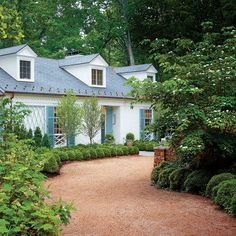 Classical Virginia Garden: The Parking Court
