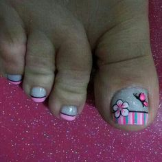 Uñas                                                                                                                                                                                 Más Cute Toe Nails, Fancy Nails, Toe Nail Art, Love Nails, Cute Pedicure Designs, Summer Toe Nails, Nails 2017, Feet Nails, Girls Nails