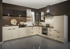 High gloss kitchen cabinets - models are designed through different furniture and decoration companies are launched. Kitchen Cabinets European Style, Kitchen Cabinets Grey And White, High Gloss Kitchen Cabinets, Kitchen Cabinets Models, Beige Kitchen, Kitchen Cabinet Styles, Kitchen Models, Cream Cabinets, Maple Kitchen
