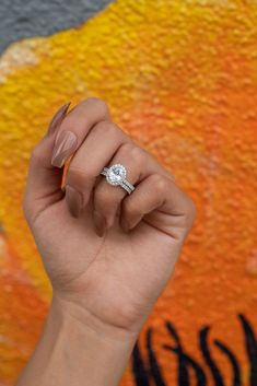 Shop quality engagement rings & wedding rings without spending a fortune. Browse our collection of beautiful & affordable ladies rings. Wedding Rings Simple, Wedding Rings Vintage, Wedding Rings For Women, Unique Rings, Simple Rings, Gold Wedding, Dream Wedding, Wedding Sets, Wedding Things