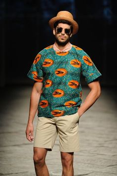 Stella Jean Spring/Summer 2014 African Clothing For Men, African Shirts, African Print Fashion, Africa Fashion, Ethnic Fashion, Ankara Styles For Men, Look Man, Ghanaian Fashion, Stella Jean