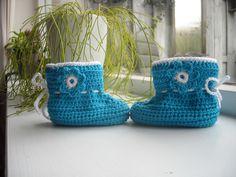 Slofjes hardblauw met bloemetje