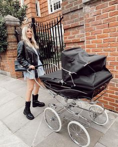 This wasn't my first walk, it was literally car to the flat and I was so delirious from pain killers (I think you can tell by my face 😆)… Celine Luggage, Luggage Bags, Claire Chanelle, Baby Strollers, Walking, Flats, Car, Fashion, Baby Prams