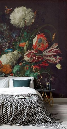 This Dutch master style still life with flowers mural wallpaper accent wall creates instant drama in this modern bedroom. The scale of the floral pattern is what gives the mural a contemporary feel in this design - Unique Bedroom Ideas & Decor Home Interior Design, Interior And Exterior, Interior Modern, Deco Design, Design Design, Modern Design, My New Room, Interior Inspiration, Color Inspiration