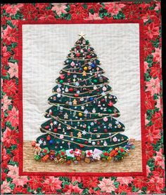 Twinkle Twinkle Little Tree quilting pattern from Cheryl Ennis, with little rice lights, it's beautiful when lit up.  Now if I could find a kit. . . .