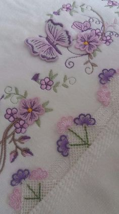 İne oyası havlu Viking Tattoo Design, Viking Tattoos, Thread Art, Needle And Thread, Embroidery Patterns, Hand Embroidery, Woolen Craft, Crochet Bedspread, Sunflower Tattoo Design