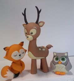 "Handmade, hand painted fondant figures for cakes - Studio ""Fondant Design Ana"" Fondant Animals, Clay Animals, Clay Projects, Clay Crafts, Funko Pop Toys, Woodland Cake, Animal Cupcakes, Fondant Toppers, Fondant Cupcakes"