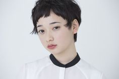 【CYAN's choice】顔周りのデザインで差をつけて黒髪ショートをアップデート Very Short Hair, Short Hair Cuts, Short Hair Styles, Pixie Hairstyles, Short Hairstyles For Women, Cute Hairstyles, How To Style Bangs, Hair Reference, Salon Style