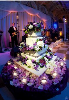 Love the colors in this Wedding Cake
