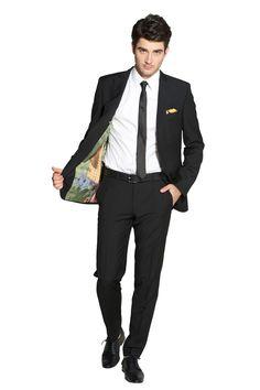 Massanzug von Fuchs Fashion mit einem Futterstoff von BusinessPunks. Verbindet Kunst und Mode