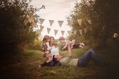 Fall Fun Favorites! Fall Family Photos. Persnickety clothing, Apple Orchard, Michigan Photographer Shone Foto,