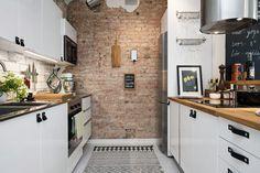 cuisine moderne avec des briques mon rêves <3