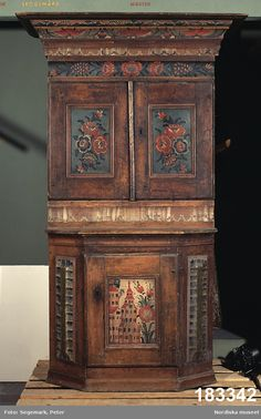 Antique Furniture, Painted Furniture, Norwegian Rosemaling, Bohemian House, Colorful Furniture, Early American, Painting Cabinets, Modern Boho, Scandinavian Style
