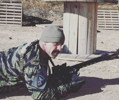 Dale Comstock training with Kenaz Tactical Group in Colorado this weekend! Robert Butler hosted a great event with some great partners. There will be more pictures!  #socon #soconusa #teamfox #americanbadass #thebadger #colorado #firearms #training #pewpew #igmilitia