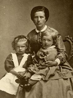 Lapsuus 1865-1881