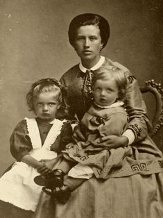 Maria Sibelius with her children Linda and Janne (Jean Sibelius) in 1867 #Sibelius #Composer