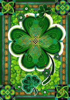 Legends associated with Saint. Patrick Another famous legend is associated with clover. It is said that with her help, Saint Patrick explained to the Irish the dogma of the Holy Trinity. Irish Celtic, Celtic Art, Celtic Dragon, Celtic Symbols, St Paddys Day, St Patricks Day, Mandala Art, Fete Saint Patrick, Elfa