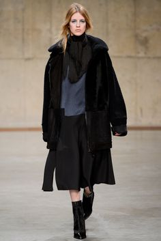Topshop Unique Fall 2013 Ready-to-Wear Collection Photos - Vogue
