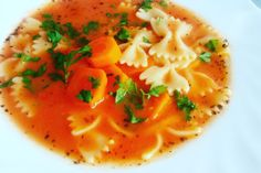 Domowa zupa pomidorowa :) Przepis już na blogu ! Thai Red Curry, Ethnic Recipes, Food, Essen, Meals, Yemek, Eten