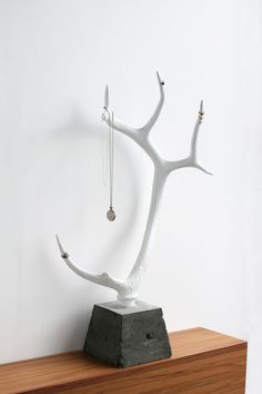 Sculptural Jewellery Stands, use my sticks and driftwood instead