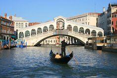 Ponts Célèbres | Le célèbre pont du Rialto à Venise