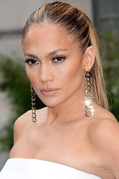 For these pretty ladies, when the temperature rises, so too does their hair game. Get inspired by these celebrity summer hairstyles.