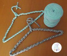 Perchas de trapillo | Mi cesta de lana y tela