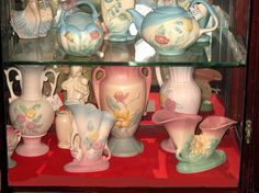 vintage Hull pottery