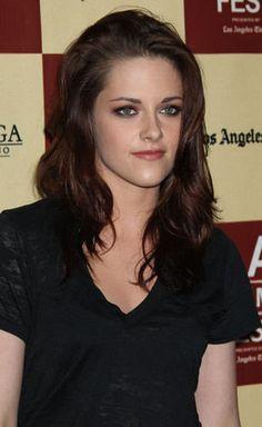 '50 Shades of Grey' Movie: Kristen Stewart MUST Be Cast as Anastasia Steele