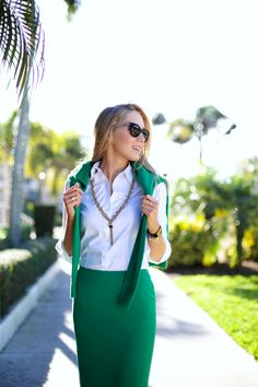 h+reiss+kelly+emerald+green+long+tea+length+midi+straight+pencil+skirt+brooks+brothers+while+classic+tailored+non-iron+dress+oxford+shirt+asos+ankle+strap+suede+pointed+toe+mid-heel+pumps+tassle+fashion+style+blog+professional+work+office+wear+outfits.jpg (640×960)
