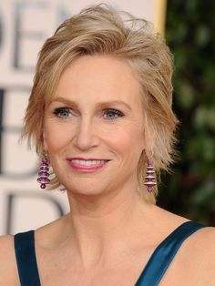Hot celebrity hairstyles for every hair type: Jane Lynch
