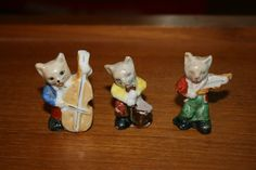 Miniature cat band Occupied Japan figurines.
