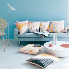 chaise et collection de coussins, (c)Mini labo pour Belle Maison