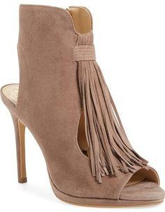 Vince Camuto  Abigalla  Cutout Pump (Women) Chaussures Sandales Pour Femmes c4ca1547a21