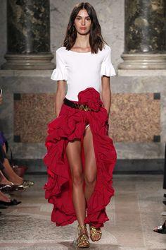 Milan Fashion Week: babados são aposta.