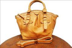 Tas kulit cantik  spesifikasi silahkan lihat di album  pin 7FB5A772