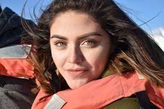 El Lemus posted a photo:  Natural Beauty- Belleza Natural  Paseango en barco en Ensenada, Baja California, Me encontre a la chica de ojos hermosos.