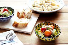 12cmボウルでアボカドとツナのサラダ/ポーリッシュポタリー