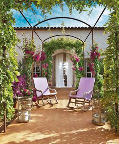 Garden edging is a must-have for any garden, but is it easy to install? These simple yet unique garden edging ideas will help you! Outdoor Retreat, Outdoor Rooms, Outdoor Living, Outdoor Decor, Unique Gardens, Small Gardens, Outdoor Gardens, Formal Gardens, Garden Arch Trellis